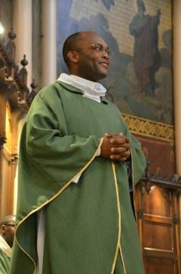 Père François Xavier Eloundou