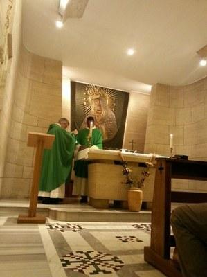 2016 10 27 084441 Grottes vaticanes messe