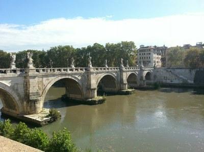 2016 10 27 132624 Pont sur le Tibre