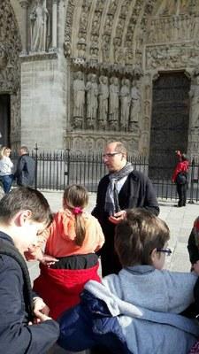 Pèlerinage des CM2 du catéchisme à Notre Dame