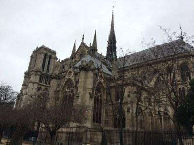 Pèlerinage d'une classe de CM2 de l'Immaculée Conception à Notre-Dame de Paris...