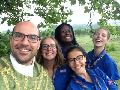 Camp des guides dans le Gers 001