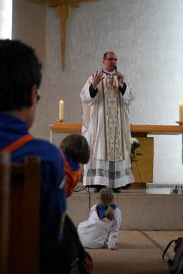Messe et carré scout de Pâques