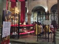 Ostension de la tunique du Christ à Argenteuil avec les seconds cycle de l'Aumônerie