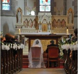 rencontre-diocesaine-des-fideles-diacres-et-pretres-qui-participent-a-la-preparation-au-mariage-dans-les-paroisses-et-communautes-de-paris